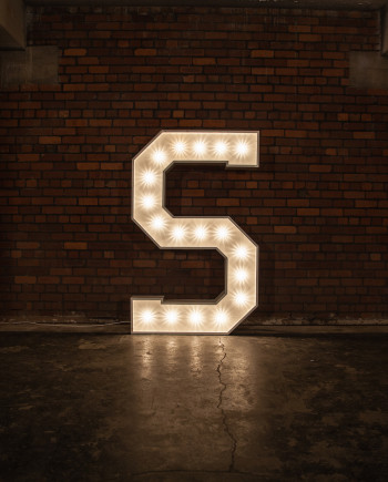'S' Marquee Light