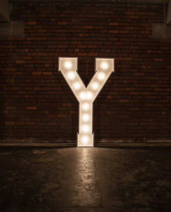 'Y' Marquee Light